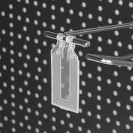 Clip flexível com bolsa dobrável