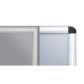 Moldura de encaixe, perfil de 25 mm, anodizado prateado, cantos cortados em esquadria/cantos arredondados.